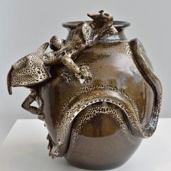_vase dragon